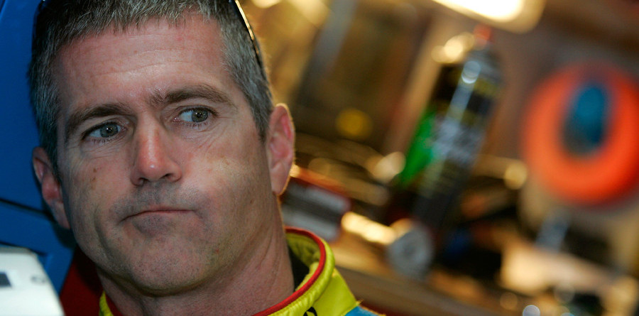 Hall of Fame joins forces with Yates, signs Labonte