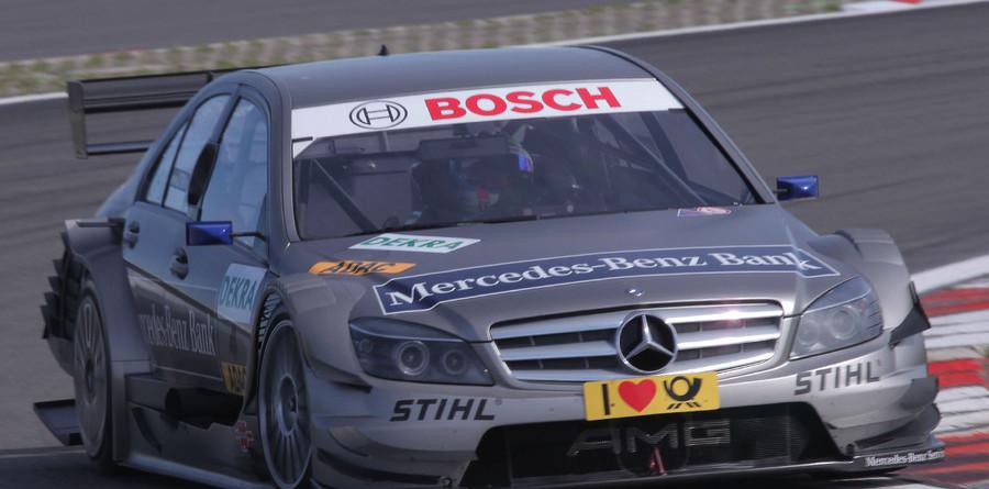 Spengler takes lights-to-flag win at Nurburgring