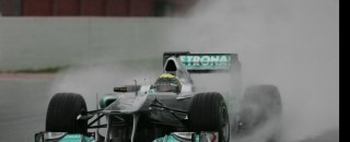 Formula 1 Rosberg fast in the wet on Barcelona final test day