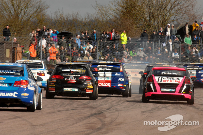 BTCC Thruxton Preview