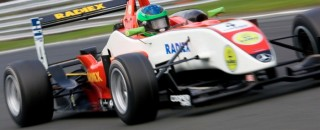BF3 Foresti Claims His First British F3 Victory at Oulton