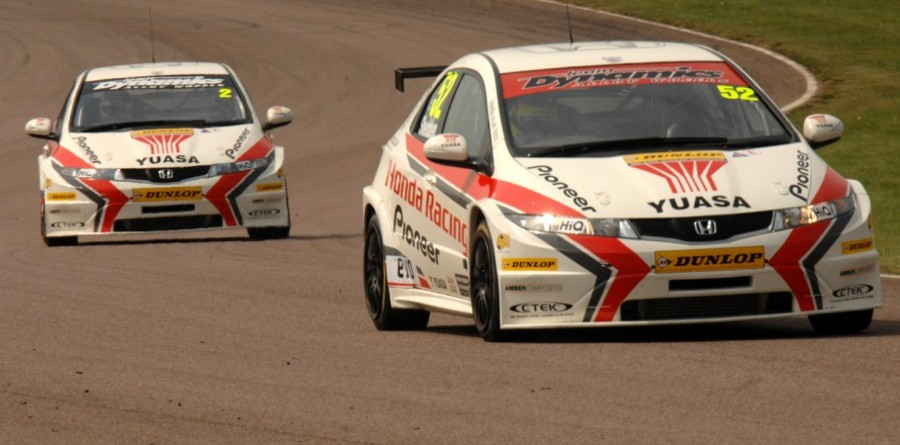 Honda Racing Dominate Oulton Park Qualifying