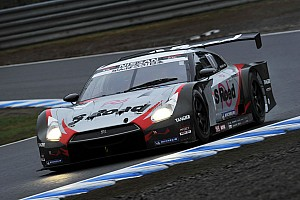 S Road MOLA earns Motegi GT 250 pole