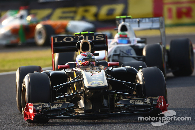 Lotus Renault's Vitaly Petrov on the Indian Grand Prix