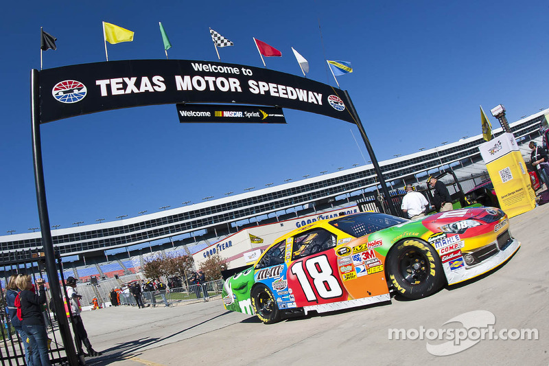 Series Hands Harsh Penalty To Kyle Busch In Texas