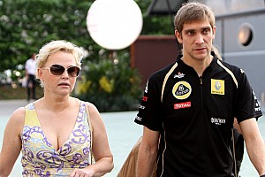 Petrov apologised after slamming Renault team - manager