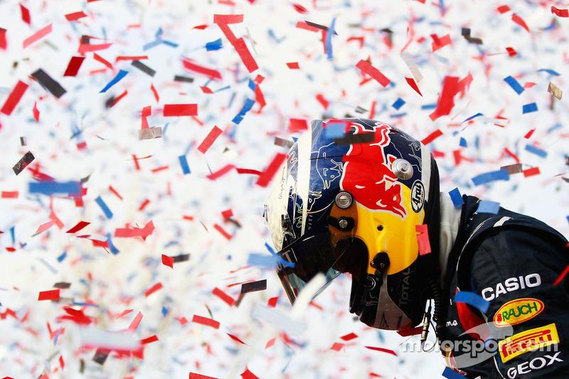 Red Bull Racing receive rapturous welcome home in Milton Keynes