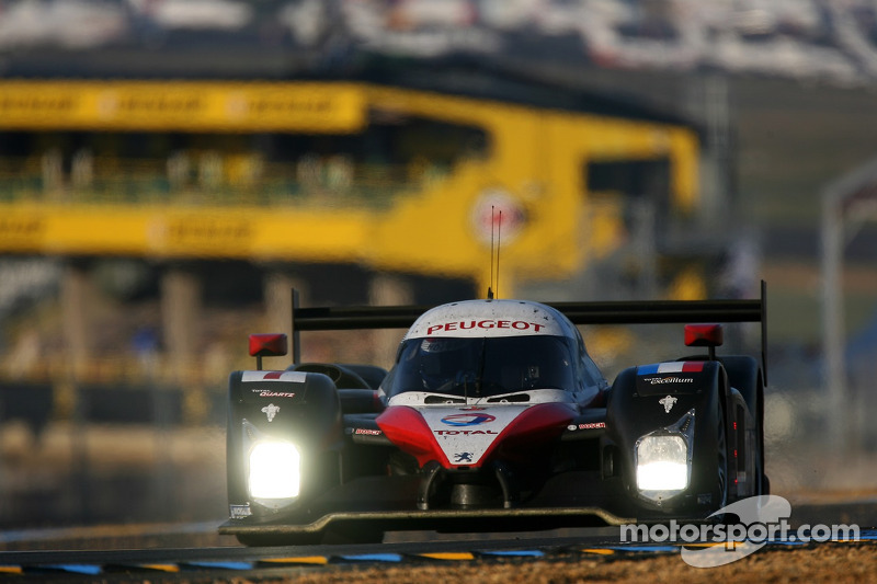 Photo gallery: Peugeot pulls out of Le Mans prototype racing