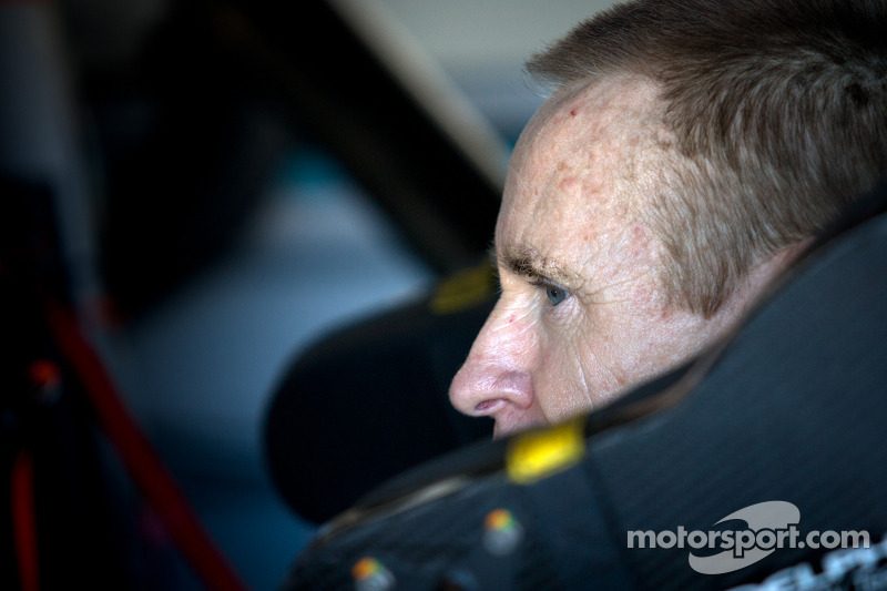 Mark Martin takes to Twitter