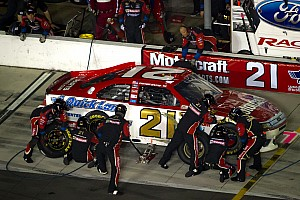 NASCAR Sprint Cup Bayne and Wood Brothers finish Daytona 500 despite crash