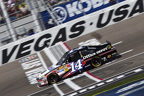 Stewart claims 1st victory of 2012 at Las Vegas