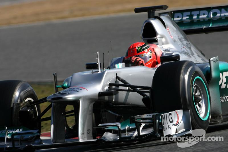Schumacher quickest for Mercedes in practice 2 for Australian GP