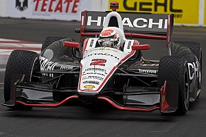 Briscoe sets pole record at Long Beach, but Franchitti starts first
