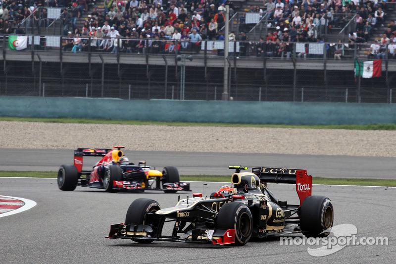 Grosjean 'not relieved' despite easing pressure