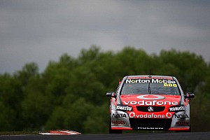 Supercars Tire strategy pays off in Darwin victory for Lowndes