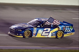 Brad Keselowski claims Kentucky win for third victory of season