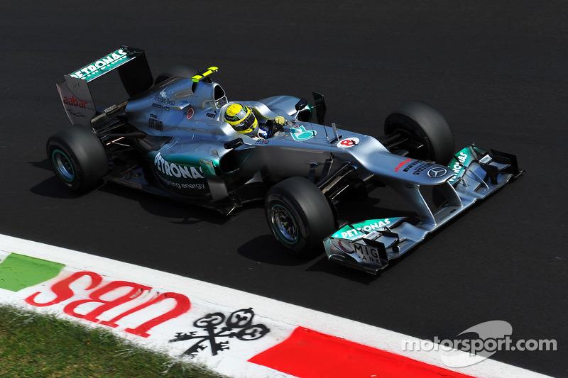 Rosberg writes off 2012 title hopes