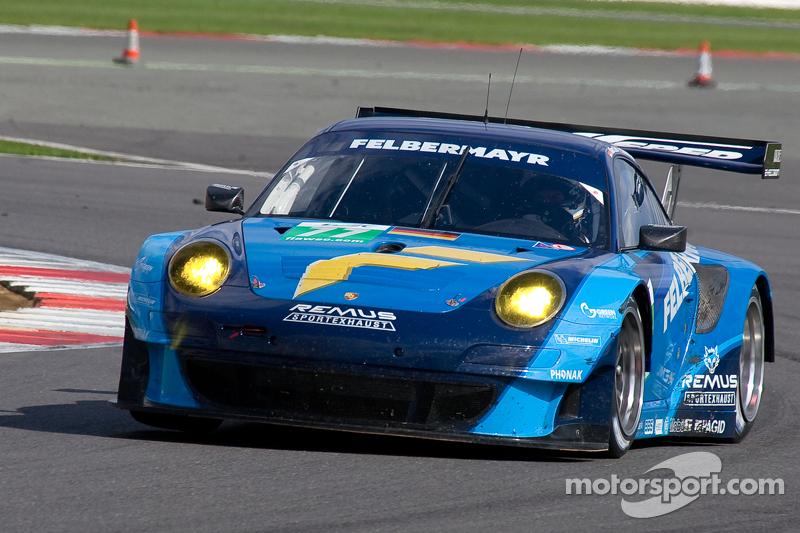 Porsche pilots set sights on second win of season in Bahrain