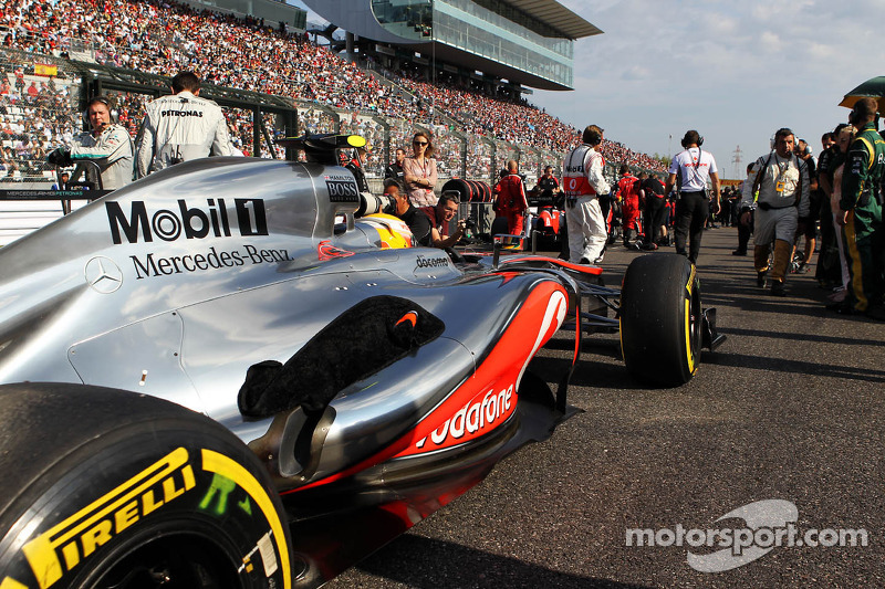 Hamilton not expecting to win races in 2013
