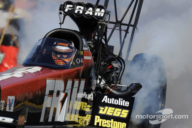 Top fuel championship battle heats up as teams prepare Las Vegas