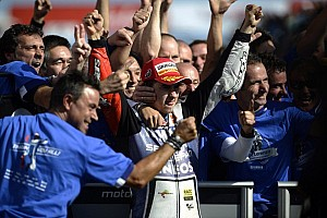 MotoGP Race report Lorenzo grabs the 2012 title while Stoner takes Australian GP victory