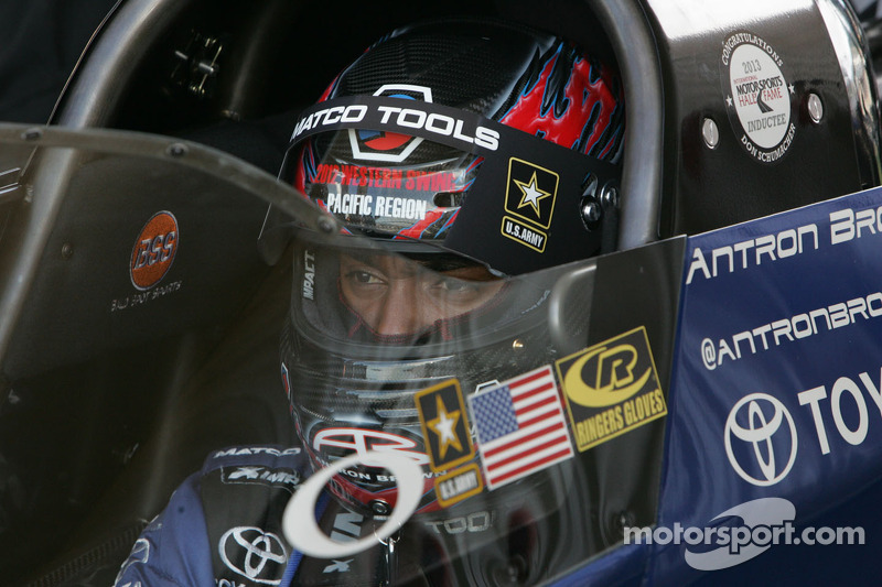 Brown faces teammate Massey to open season finals at Pomona