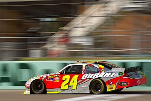 NASCAR Sprint Cup Special feature Jeff Gordon contrite over Phoenix altercation