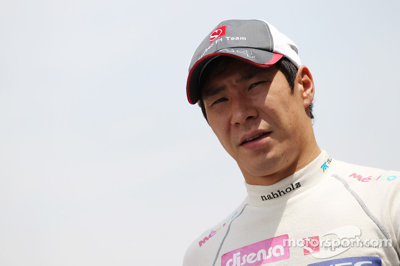 Kobayashi raises over EUR 600,000 for 2013 seat