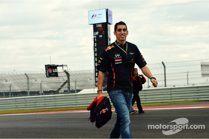 Buemi eyes Force India, Lotus seats for 2013
