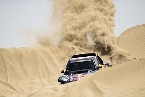 Sainz grabs stage 1 win to take early Dakar lead