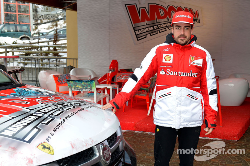 Wrooom 2013 – Alonso not getting involved in politics