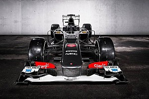 Formula 1 Breaking news Sauber reveals the dynamic look of their C32 in Switzerland