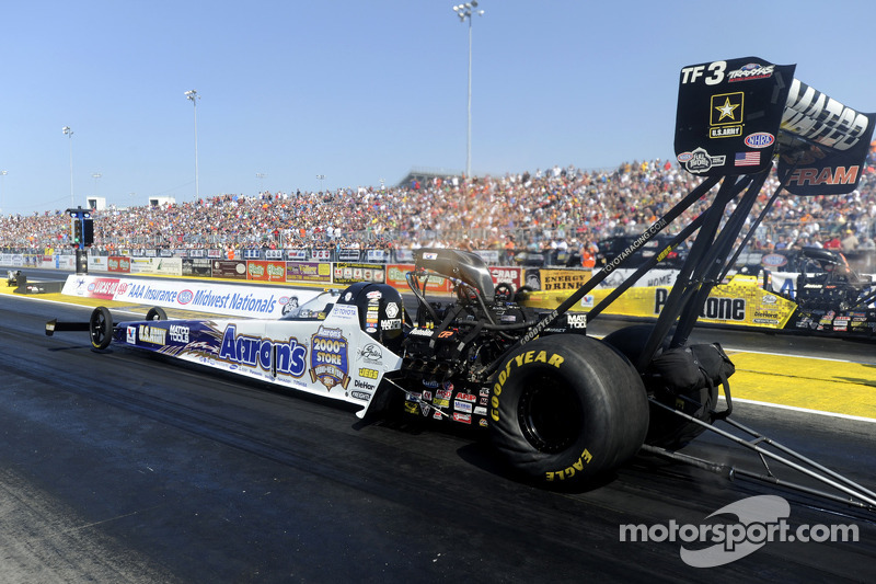 Antron Brown set to defend 2012 Top Fuel title in Pomona