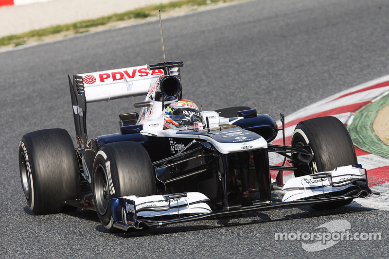 Williams tested the reliability of the FW35 on first day in Barcelona