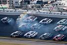 Annett hospitalized after multi-car crash in Daytona's Nationwide race