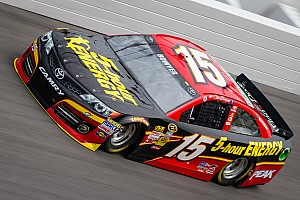 NASCAR Sprint Cup Preview Bowyer: The flat Phoenix track will be far different