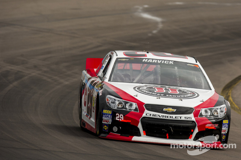 Jeff Burton finishes off solid effort with top-10 finish at PIR