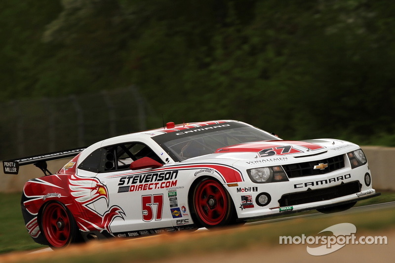 Edwards holds off Lally during stretch run at Road Atlanta
