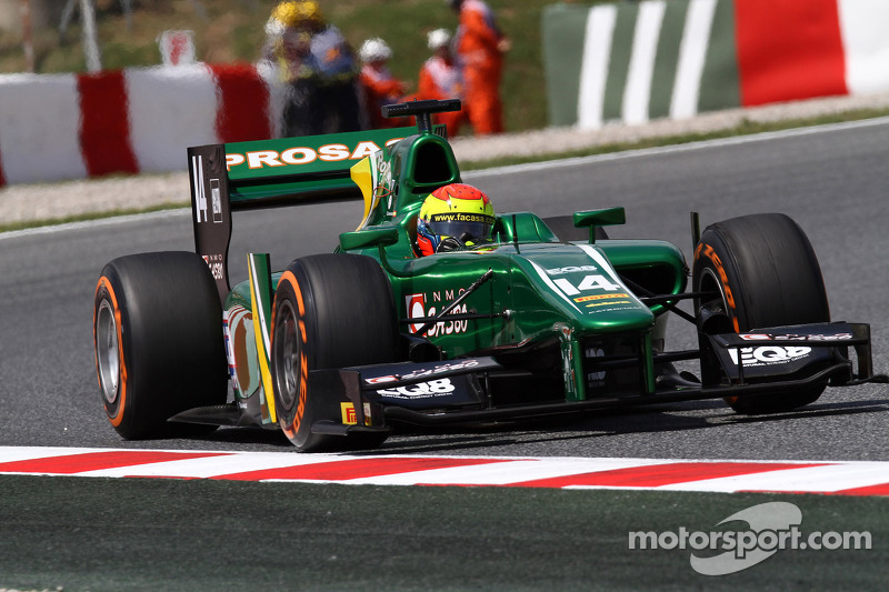A rival ruins Canamasas's chances on the Circuit de Catalunya