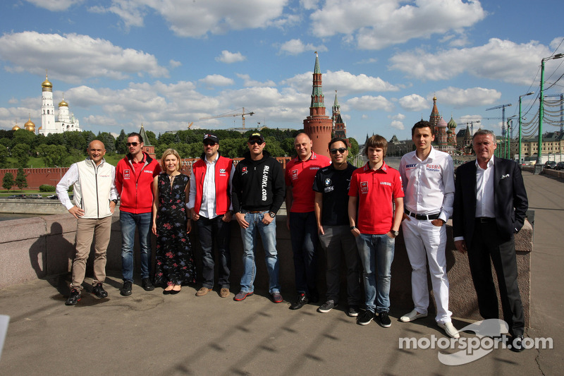 Moscow test: Muller sets the pace