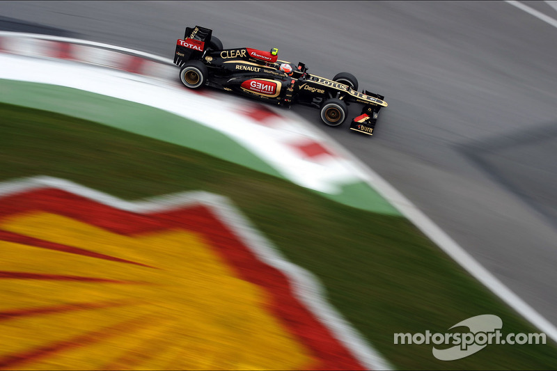 Lotus' Grosjean 3rd fastest on Friday in Montreal