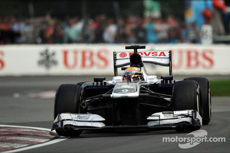 Maldonado not threatened by rising rookie Bottas