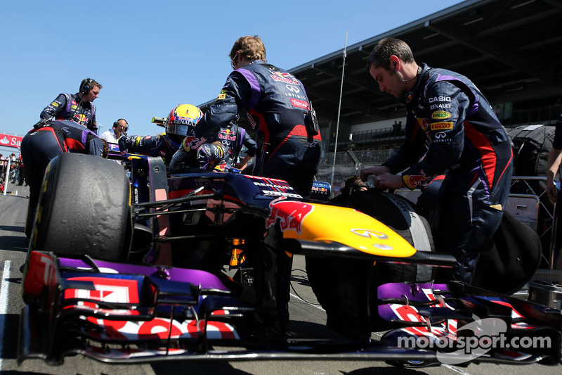 F1 to improve safety after cameraman incident
