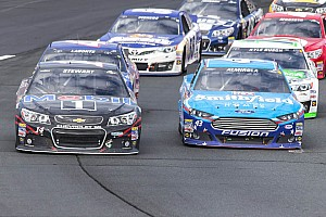 NASCAR Sprint Cup Race report Fuel hampers Stewart's run at New Hampshire