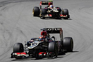 Formula 1 Breaking news Lotus could keep both drivers in 2014 - Lopez