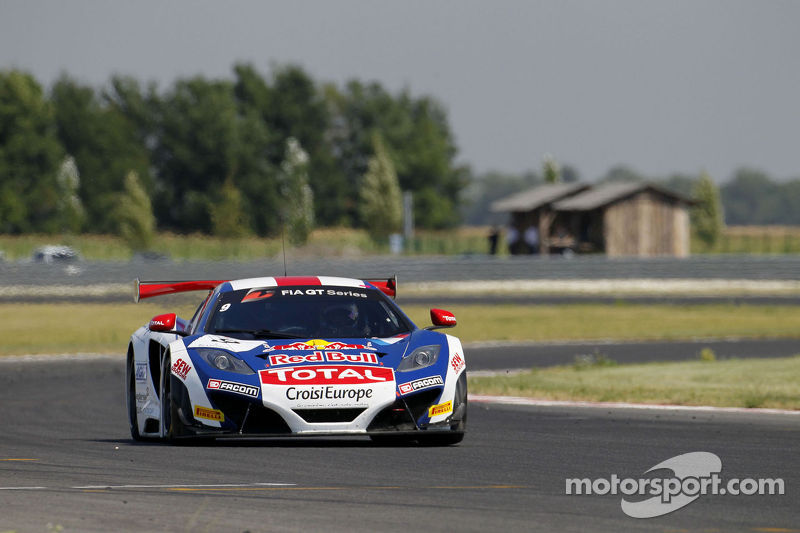 Loeb and Parente take victory in Slovakian thriller