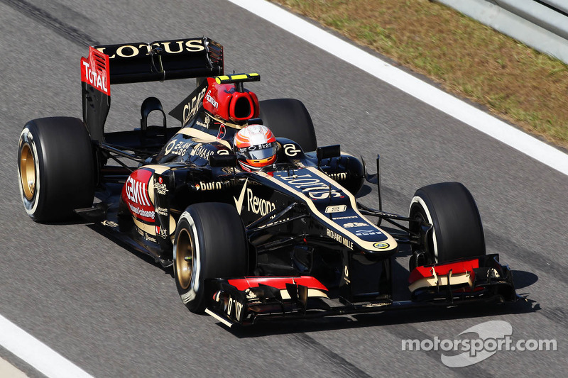 Controversial qualifying by Lotus F1 Team drivers at Yeongam