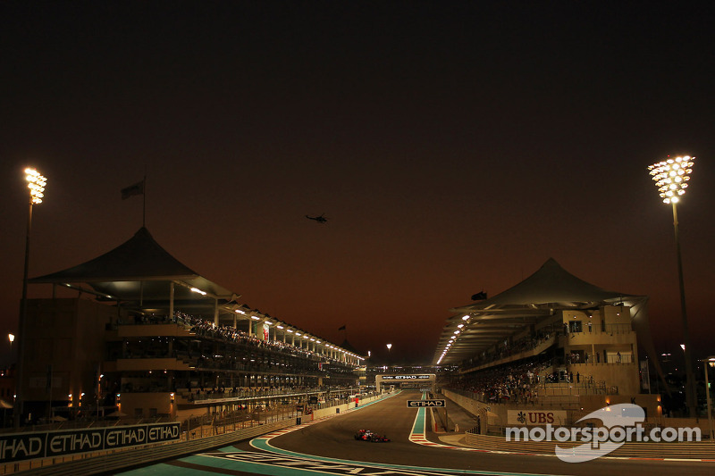 Renault Sport F1 look on upcoming Abu Dhabi GP