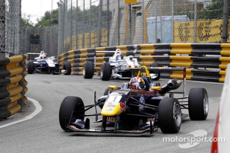 Félix da Costa best-placed Volkswagen driver in Macau qualifying race