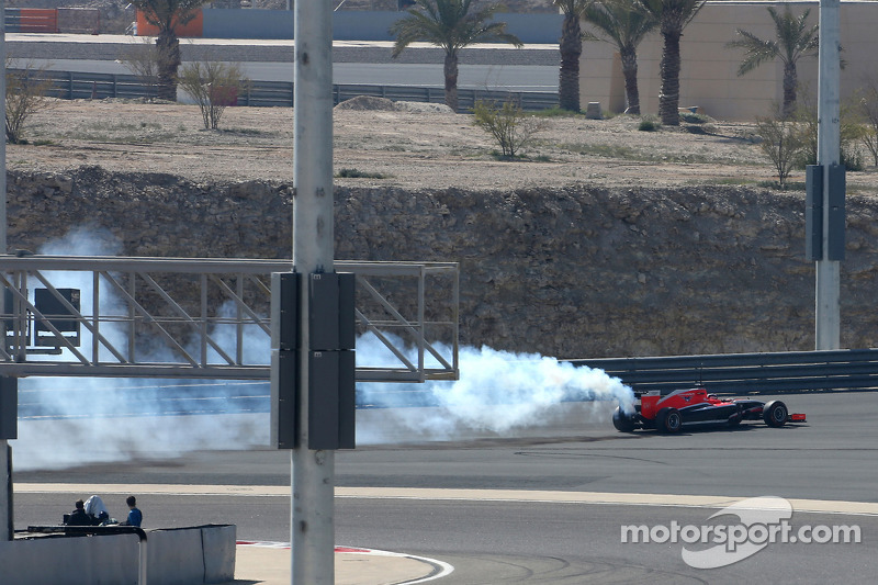 Engine failure interrupts Marussia third test day at Bahrain